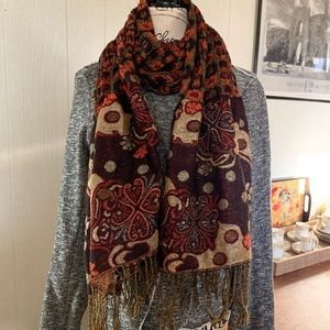 Reversible Big Ruffled Bottom Fringe Scarf
